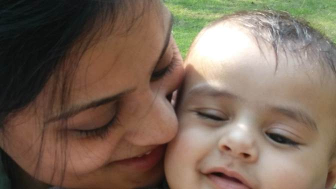 Aww..What a love theme..Thanks for Kisse mum ,but beware..My cheeks will wear out..Stay away;)