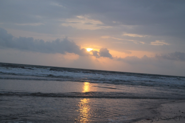 Astounding Sunset after Rains @ Candolim Beach!!
